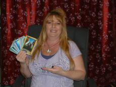 Sapphirewolfe -  Family Issues and Angel Cards